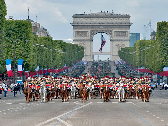 Parade July 14, 2011, Paris: French Cavalry